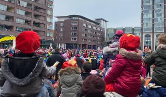 Amstelveen ontvangt Sinterklaas 13 november op Stadsplein; sterk verkorte intocht